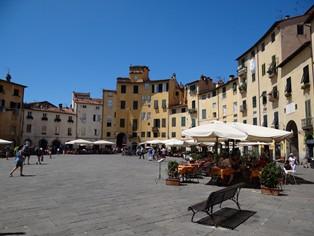 Vakantie Lucca