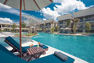 Le Meridien Khaolak Resort & Spa
