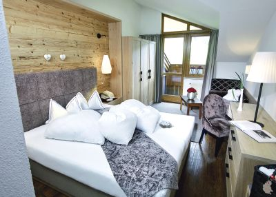 Hotels ischgl silvretta tui for Small friendly hotels