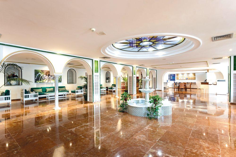 Globales pueblo andaluz costa del sol tui for Hotel pueblo andaluz