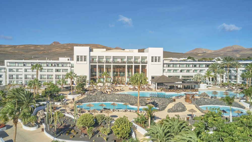 Hesperia lanzarote lanzarote tui for Best small beach hotels