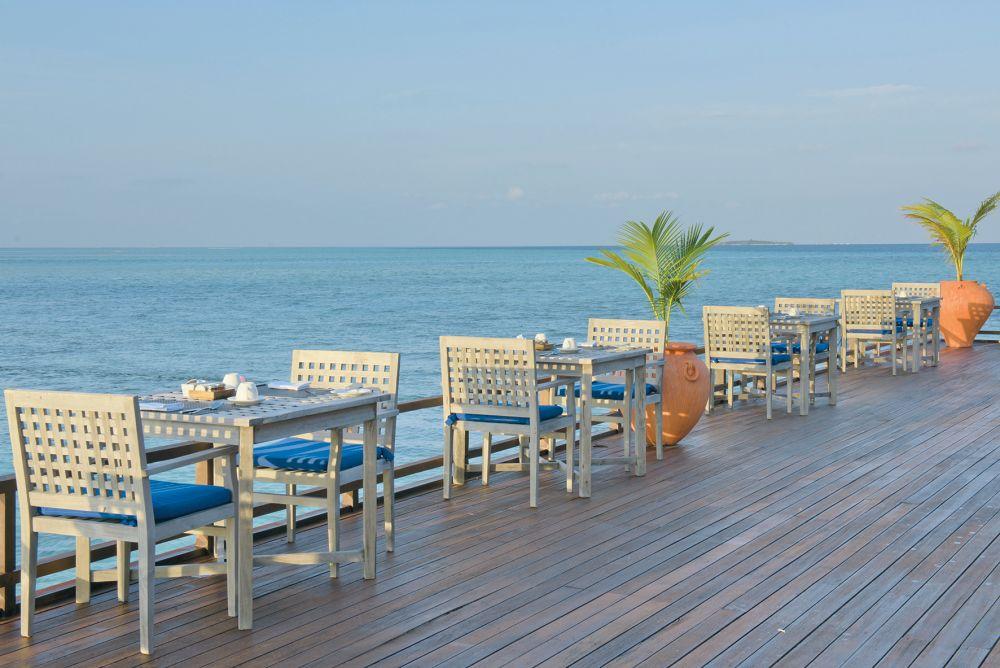 Olhuveli Beach & Spa Resort, Malé   TUI