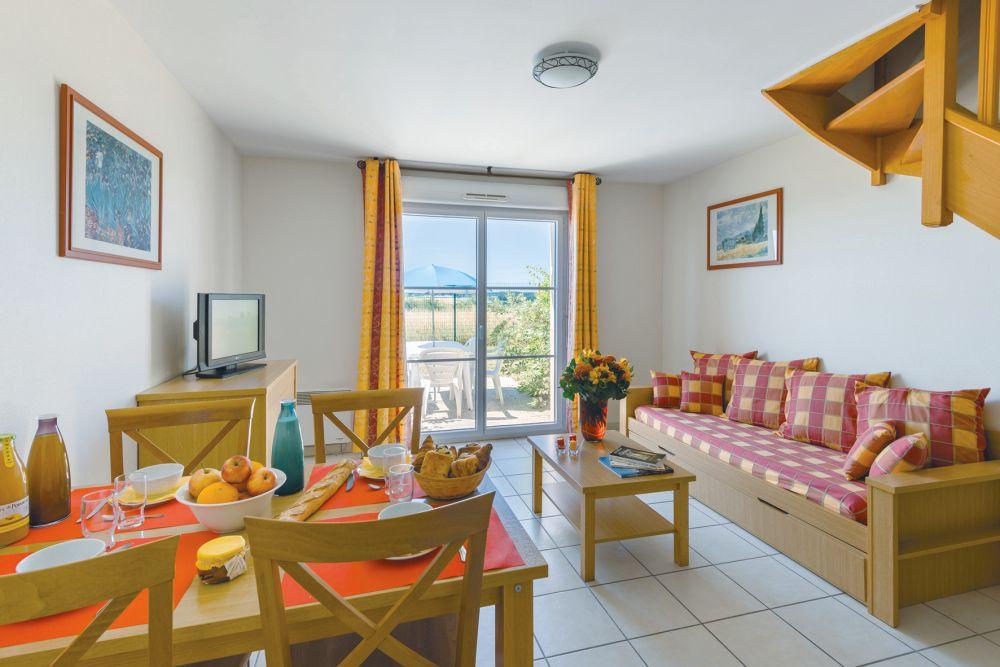 residence lagrange vacances les jardins renaissance vall e de la loire tui. Black Bedroom Furniture Sets. Home Design Ideas