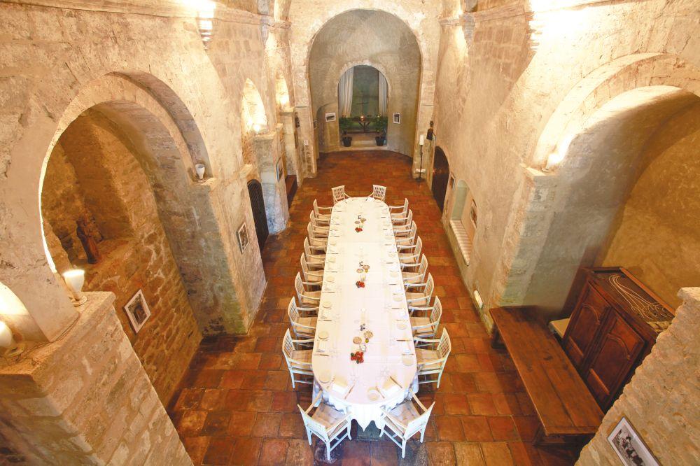 Hotel abbaye de sainte croix in provence tui for Abbaye sainte croix salon