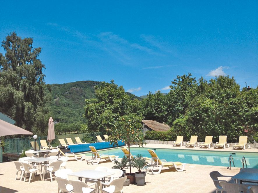 Hotel des bains in auvergne tui for Hotel des bains paris france