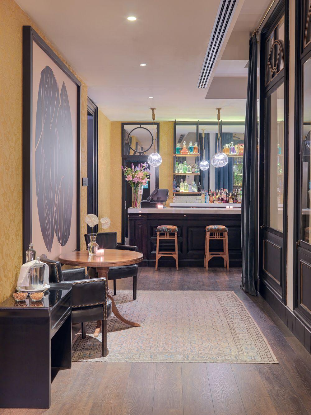 hotel h10 catalunya plaza boutique barcelona tui. Black Bedroom Furniture Sets. Home Design Ideas