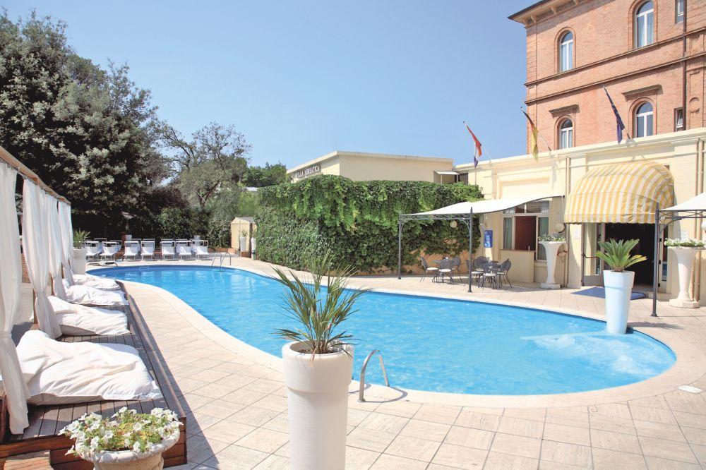 Hotel Villa Adriatica In Riviera Adriatique  Tui