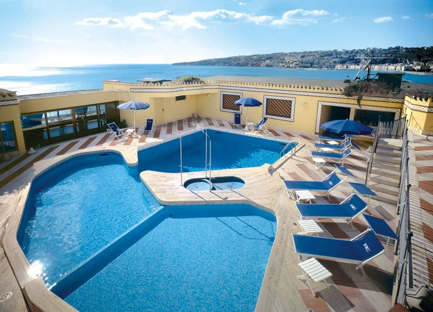 H tel royal continental naples tui - Explorer hotel paris swimming pool ...
