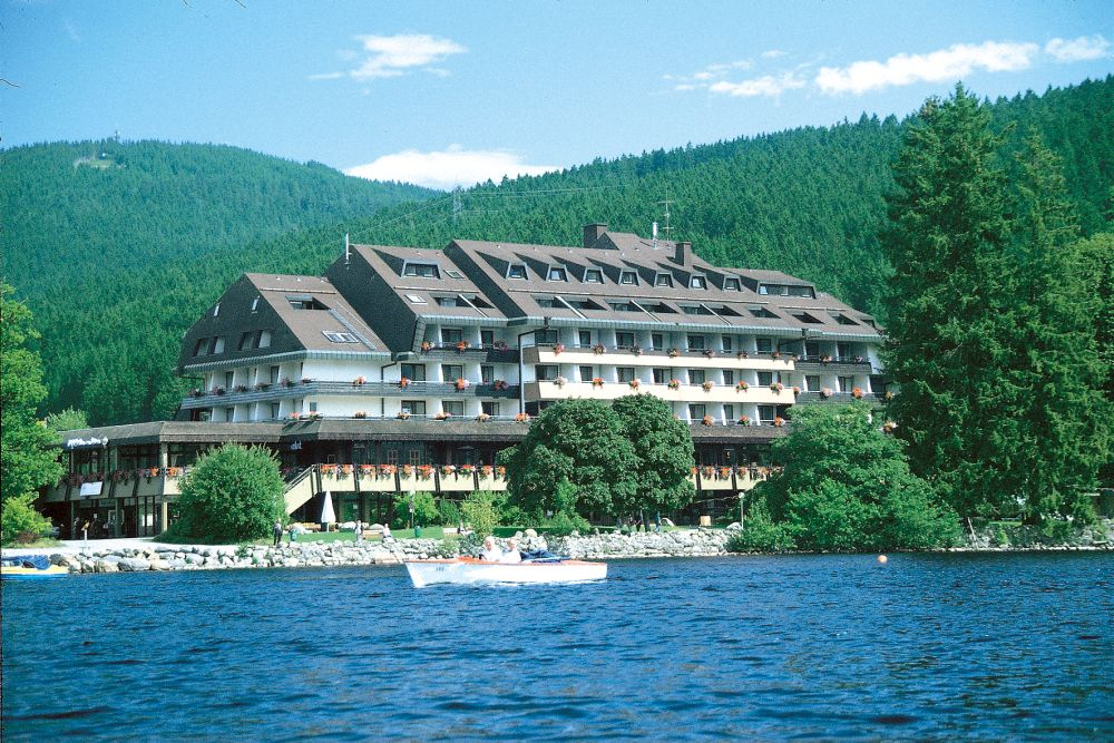 Hotels foret noire tui for Titisee piscine