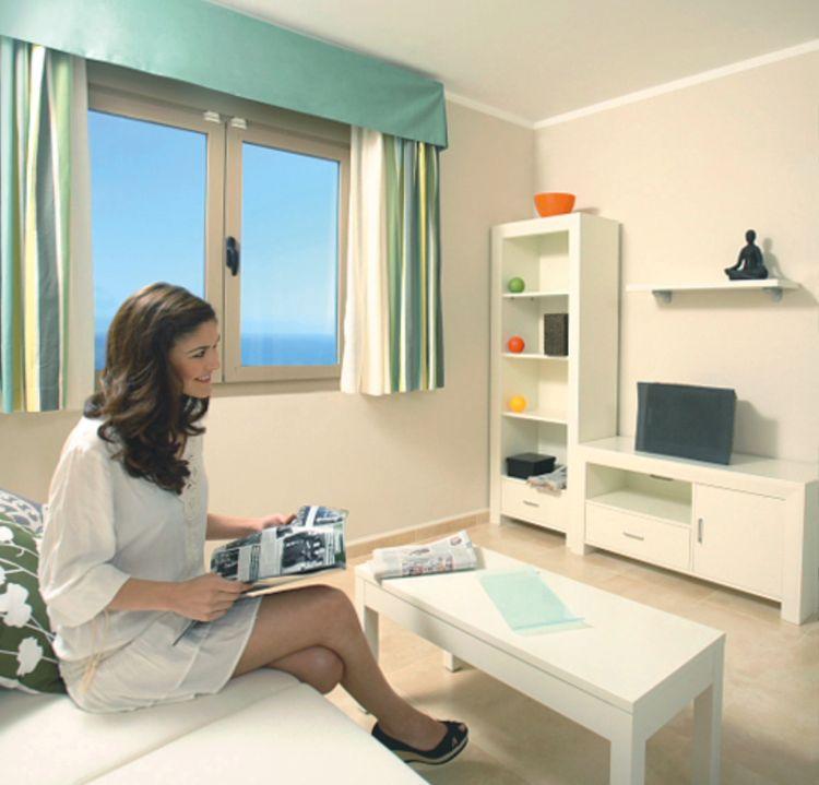 Esmeralda Suites