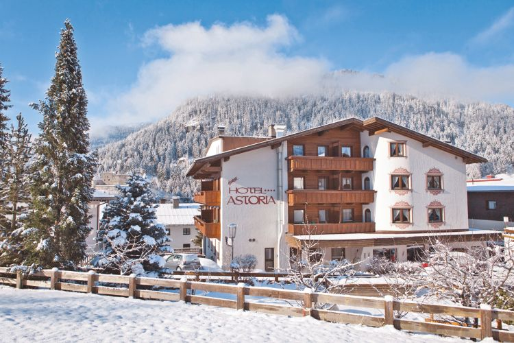 Hotel Astoria & Pension Tirol